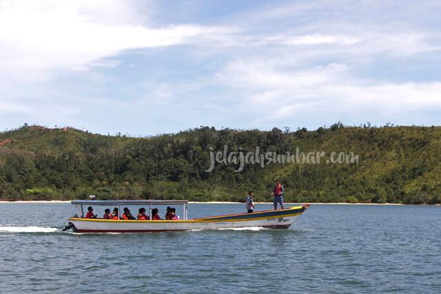 Paket Tour Padang Mandeh Bukittinggi 3D2N